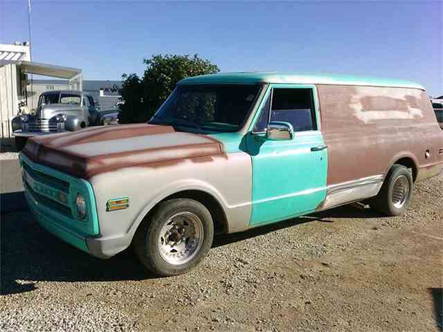 1969 Chevrolet Woody Wagon | 744543