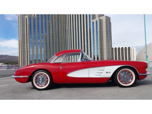 1960 Chevrolet Corvette | 744636