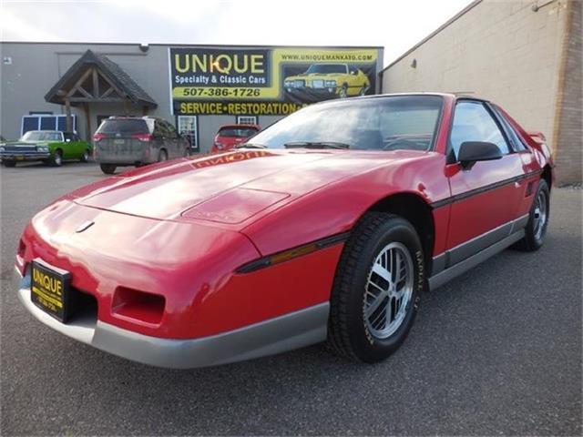 1985 Pontiac Fiero | 744656