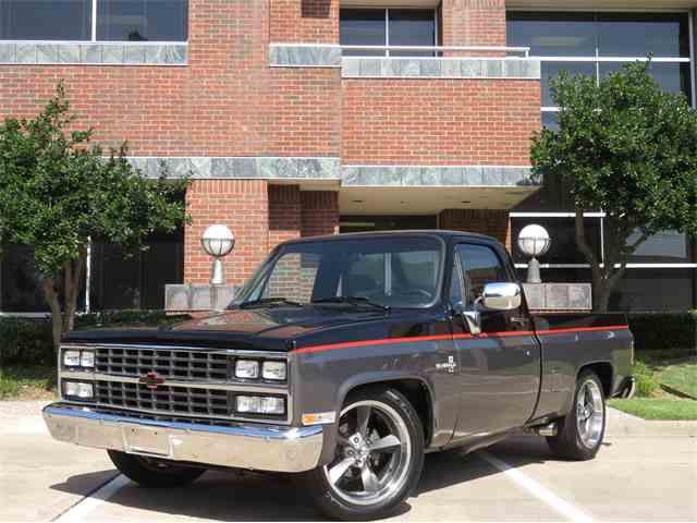 1984 Chevrolet C10 | 744770