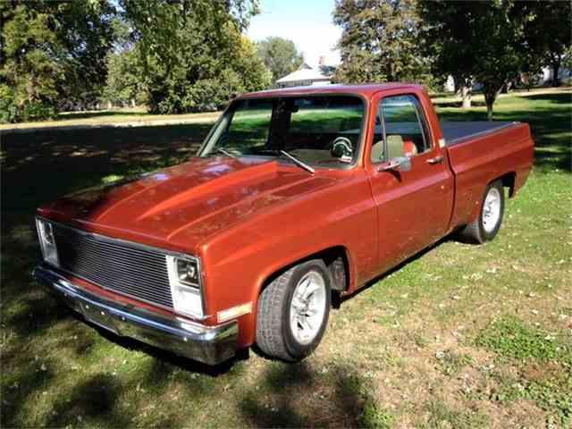 1983 Chevrolet C10 | 745211