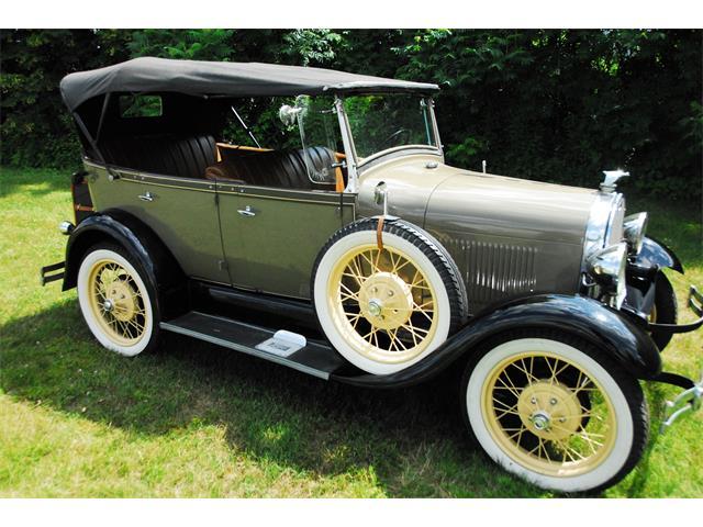 1929 Ford Phaeton | 745419