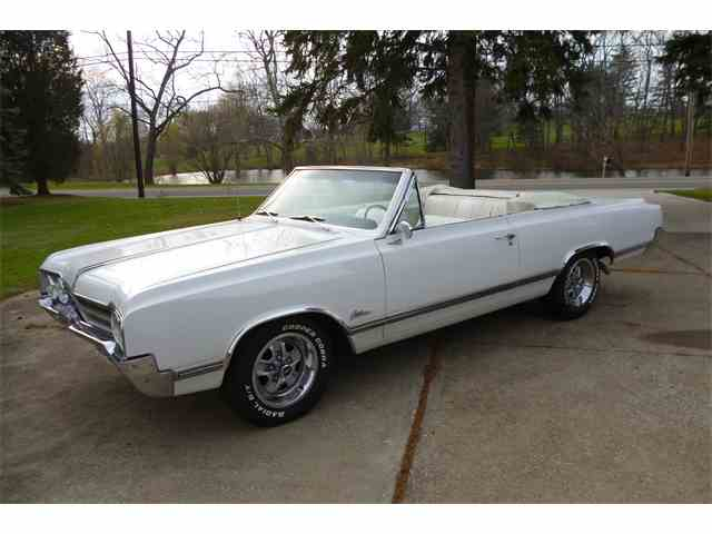 1965 Oldsmobile Cutlass | 746165