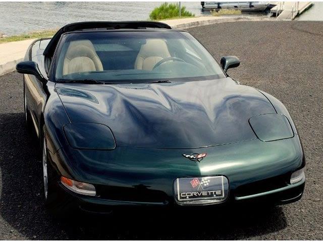2001 Chevrolet Corvette | 746677