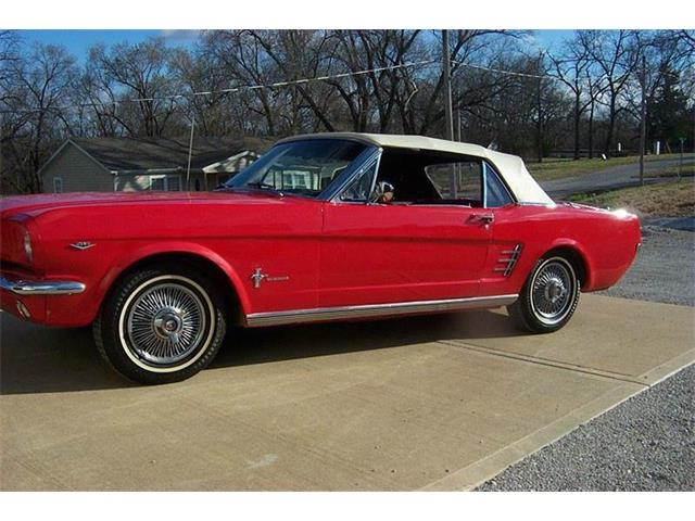 1966 Ford Mustang | 747448