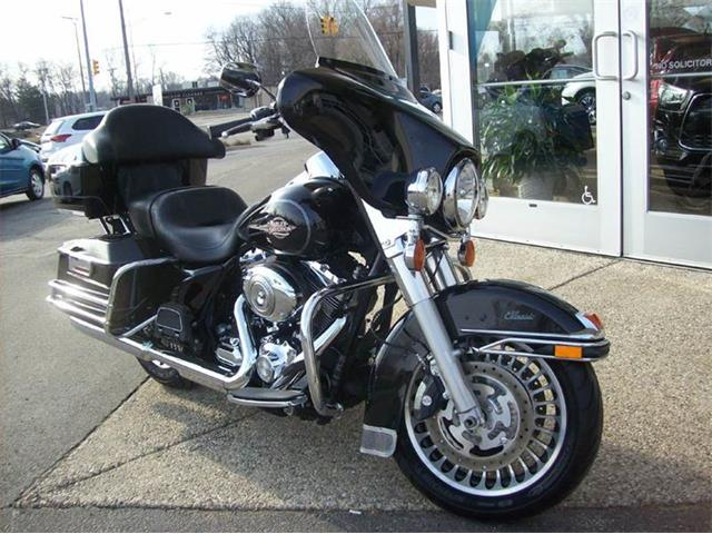 2011 Harley-Davidson Electra Glide Classic | 748034