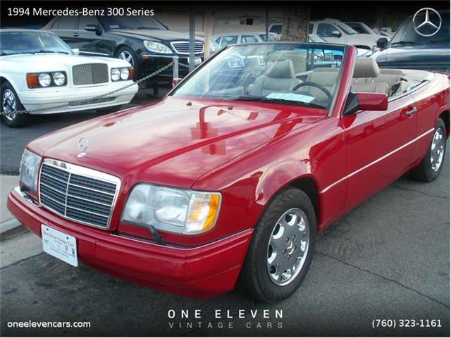 1994 Mercedes-Benz 300 | 748096