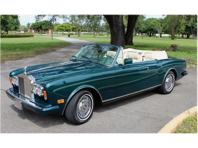 classic rolls royce corniche for sale on 40. Black Bedroom Furniture Sets. Home Design Ideas