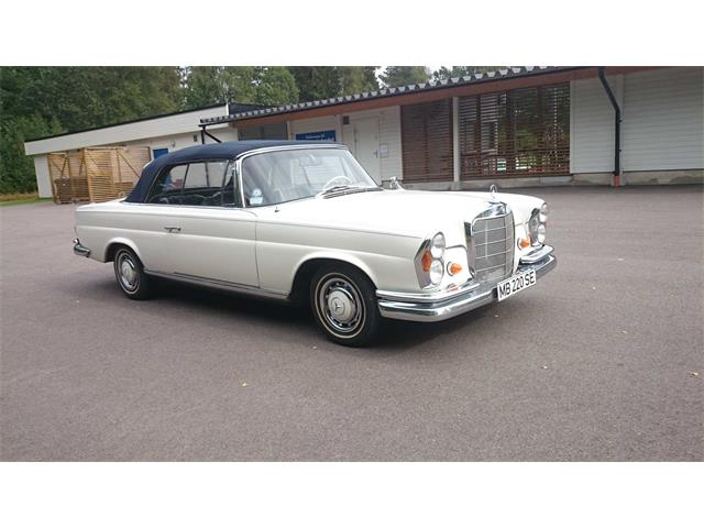 1963 Mercedes-Benz 220SE | 752206