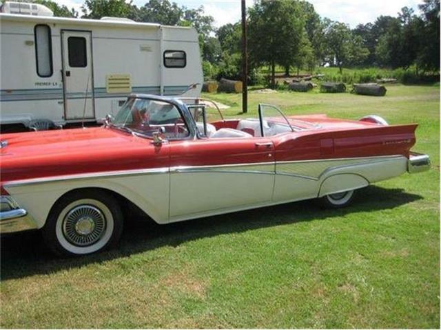 1958 Ford Skyliner | 753311