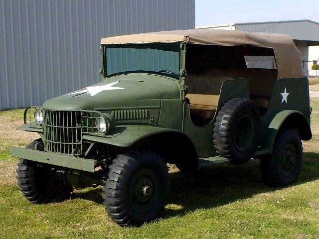 1942 DODGE COMMERCIAL MILITARY COMMAND VEHICLE | 753750