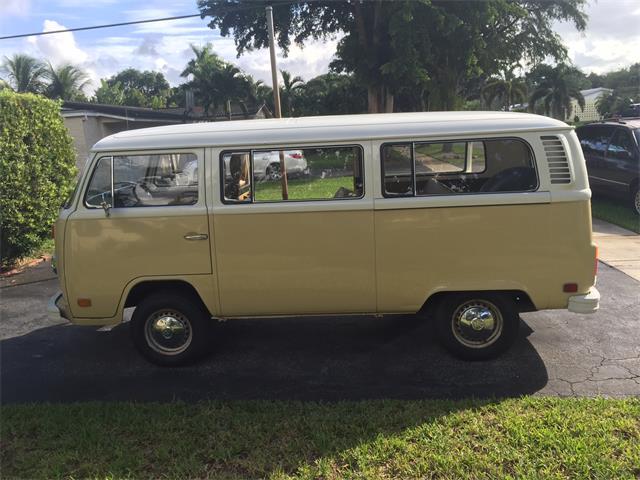 1975 Volkswagen Van | 754415