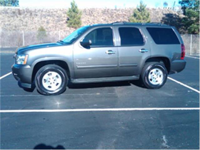 2010 Chevrolet Tahoe | 757615