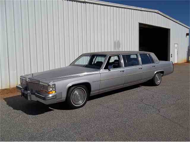 1989 Cadillac Limousine   757666