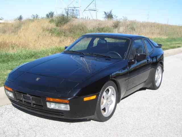 1987 Porsche 944 | 758394