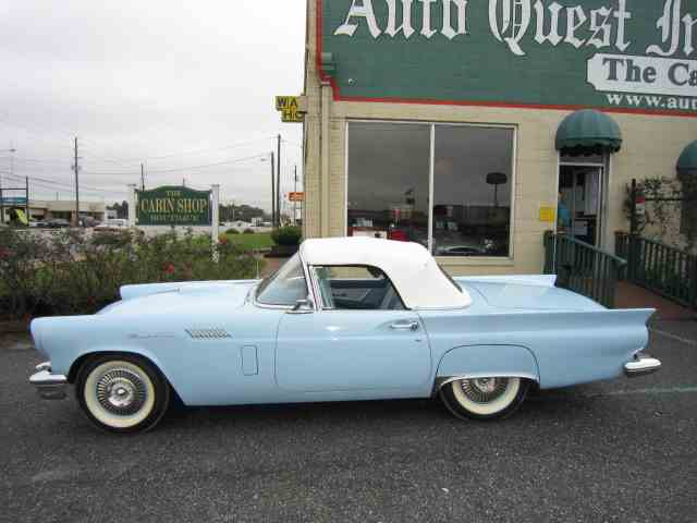 1957 Ford Thunderbird | 758558