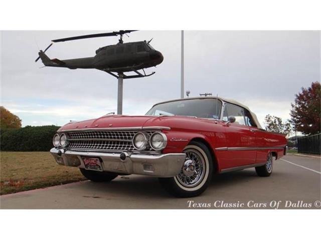 1961 Ford Sunliner   750907