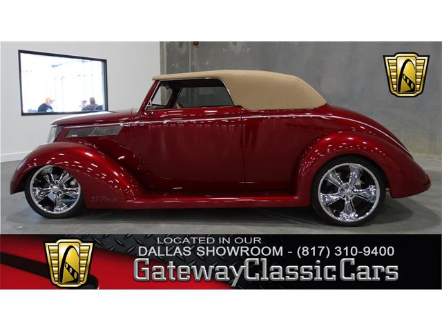 1937 Ford Cabriolet | 761375