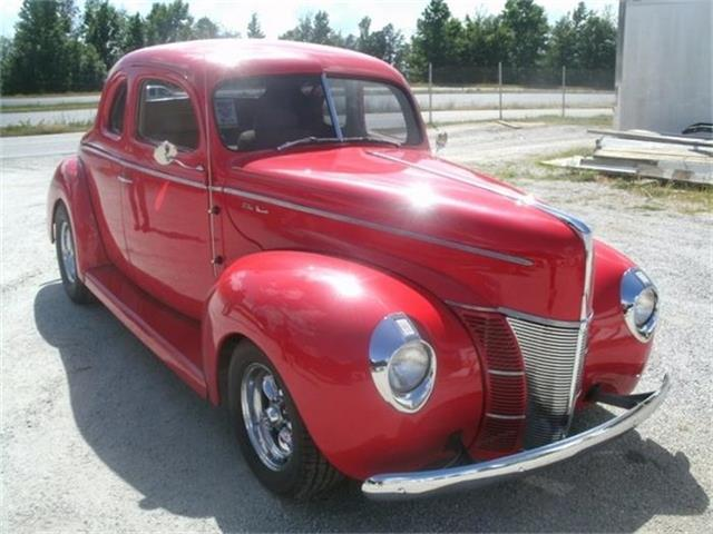1940 Ford Deluxe | 761489