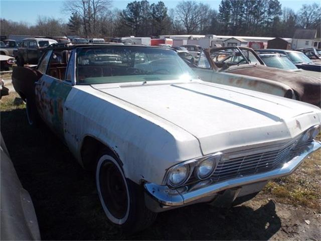 1965 Chevrolet Impala | 761540