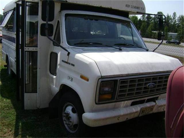 1989 Ford E350 | 761586