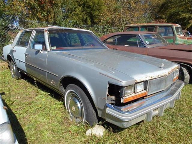 1977 Cadillac Seville   761621