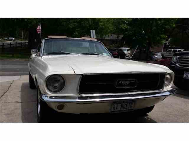 1967 Ford Mustang | 761685