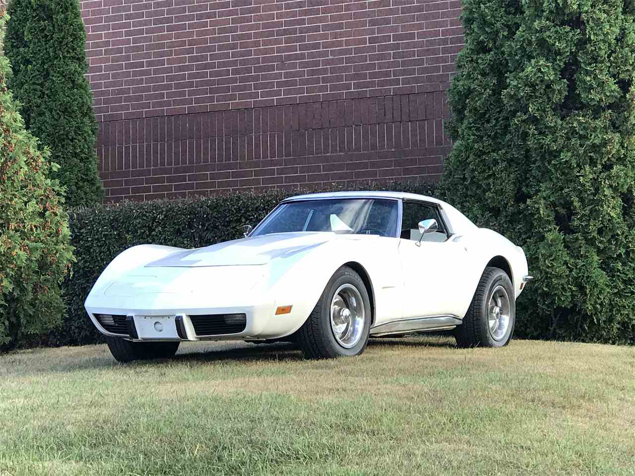 Large Picture of '73 Corvette - GBUR