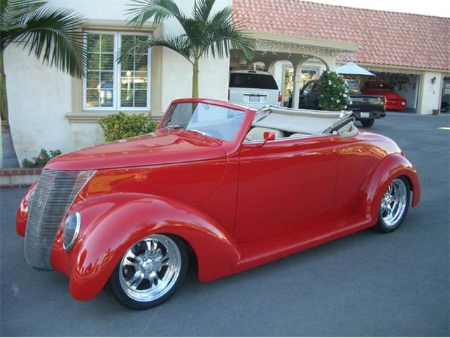 1937 Ford Cabriolet | 763315