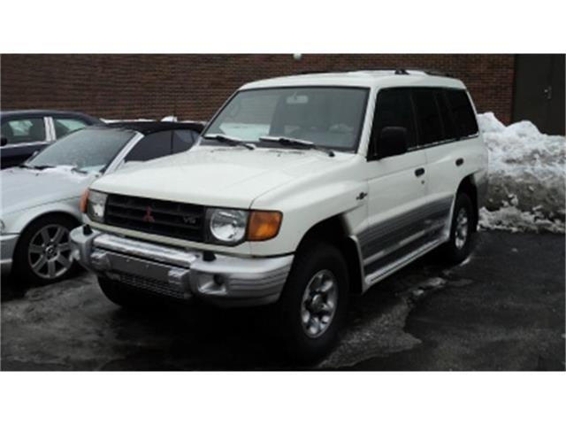 2000 Mitsubishi Montero | 765381