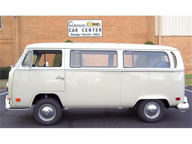 1971 Volkswagen Type 2 | 767612
