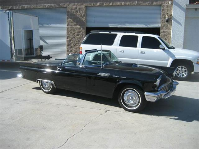 1957 Ford Thunderbird | 767726
