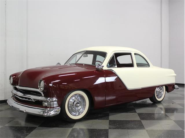 1951 Ford Club Coupe | 768033