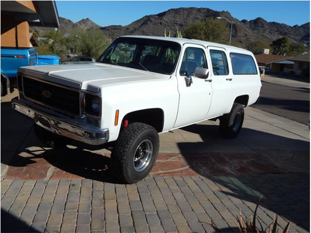 1977 Chevrolet Suburban | 768252