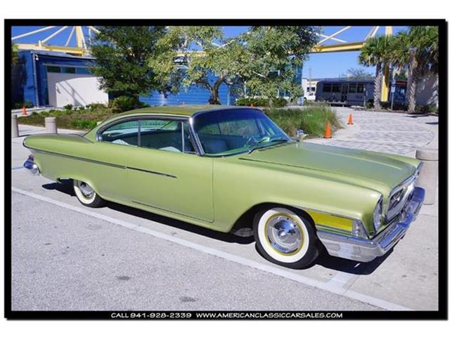 1961 Dodge Coronet | 768322