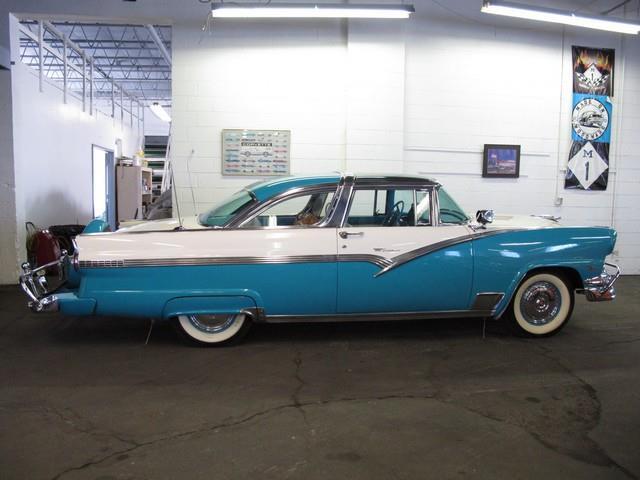 1956 Ford Victoria | 768377