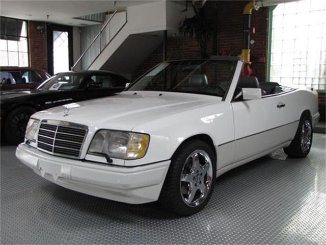 1995 Mercedes-Benz E-Class | 768662