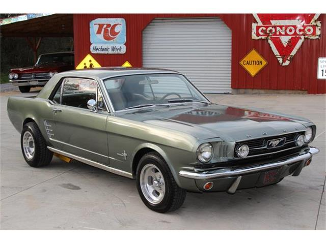 1965 Ford Mustang | 769268