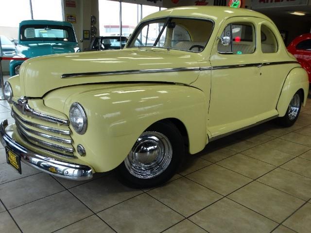 1946 Ford Custom | 769906