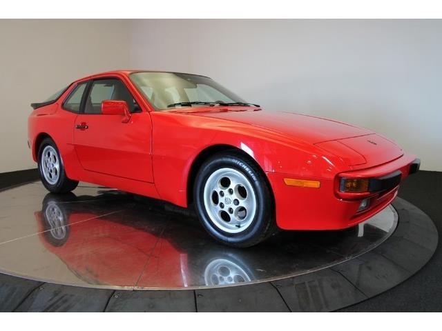 1987 Porsche 944 | 772560