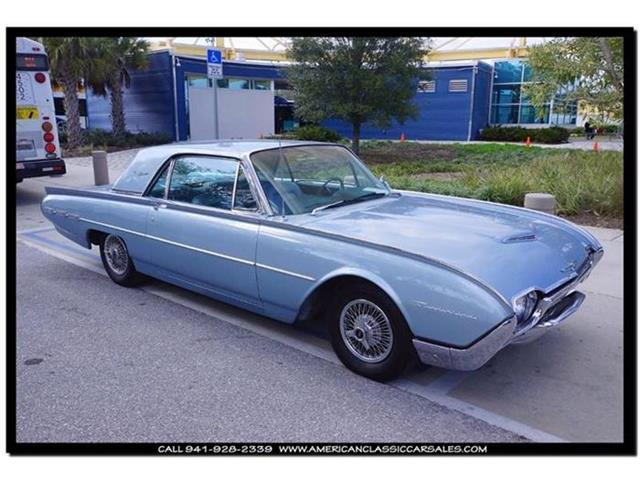 1962 Ford Thunderbird   774625