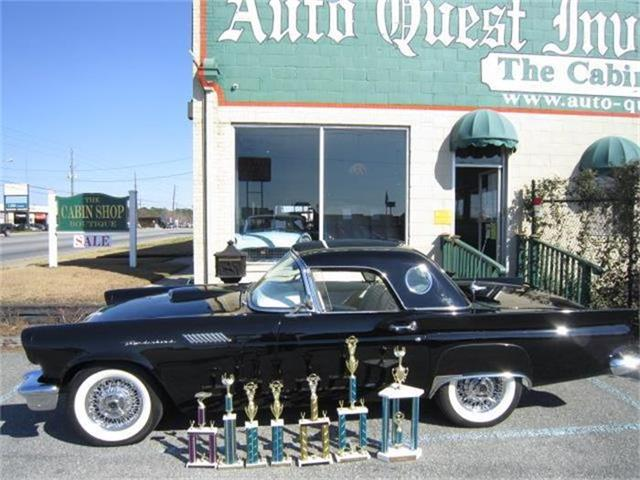 1957 Ford Thunderbird | 774634