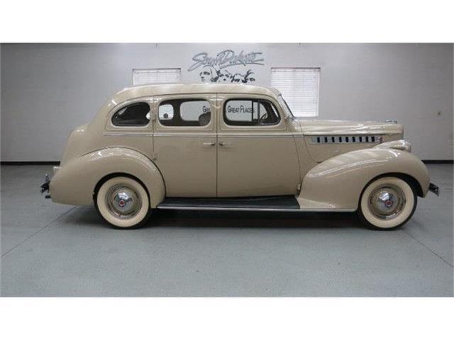 1940 Packard Sedan | 774926