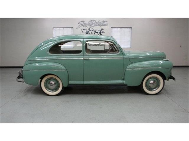 1941 Ford Super Deluxe   775214