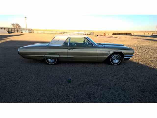 1965 Ford Thunderbird | 775794