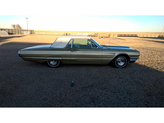 1965 Ford Thunderbird | 775794