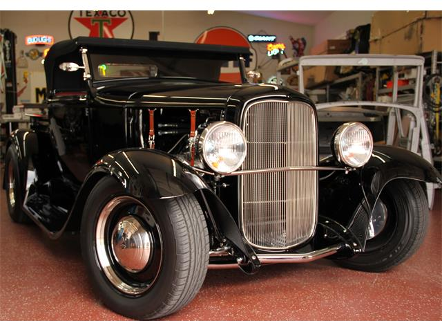 1930 Ford Roadster | 776040