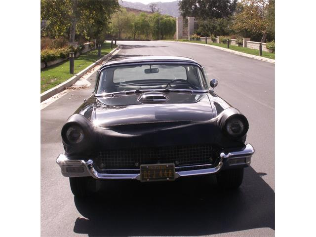 1957 Ford Thunderbird | 776075
