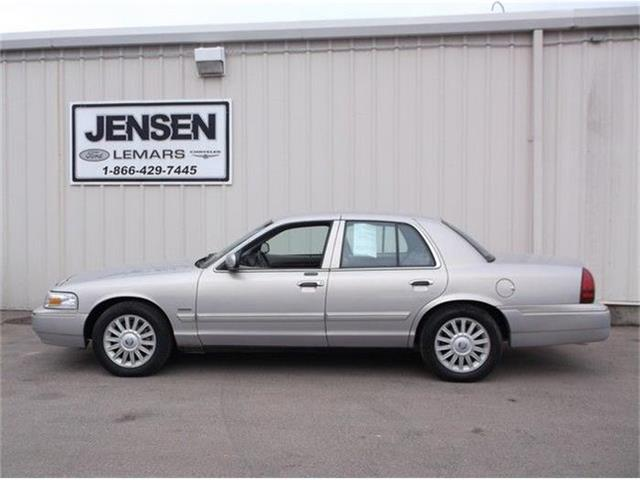 2010 Mercury Grand Marquis | 776497