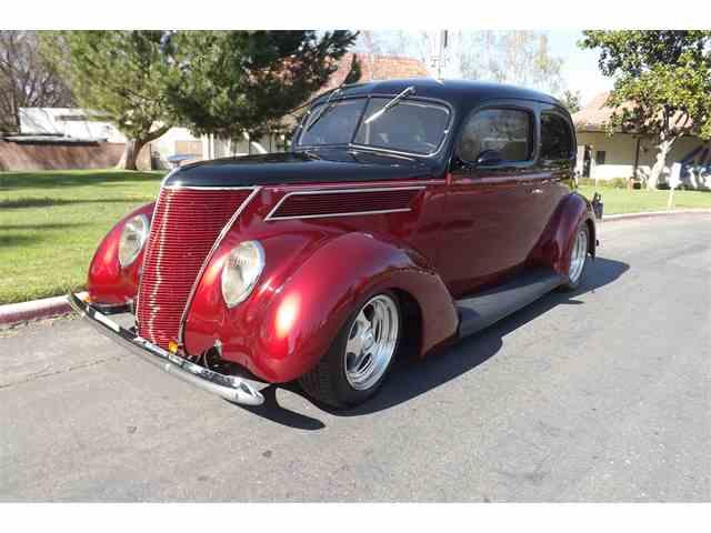 1937 Ford 2-Dr Sedan | 776718